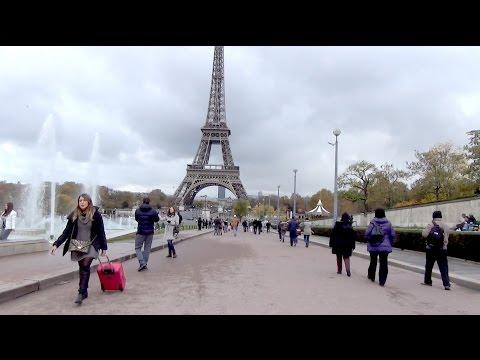 Tour Eiffel De Différents Endroits ; Trocadéro ; Bus ; Eiffel Tower ; Paris Visite ; France