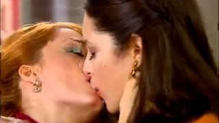 Repeat youtube video E aconteceu o beijo lésbico em