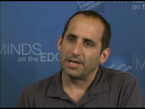 """HOUSE M.D. star Peter Jacobson says """"If I can talk about mental illness, so can you."""""""