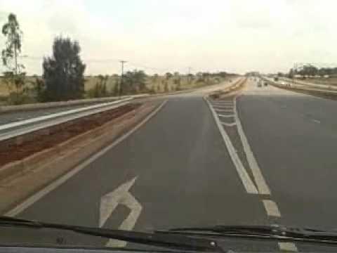 The new Thika Super highway from Thika to Nairobi