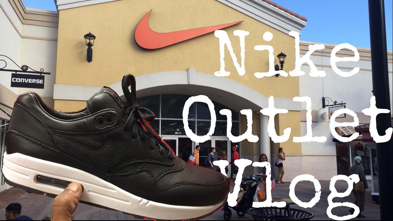 Nike   Adidas Outlet Cinco De Mayo - YouTube 0789647f8e