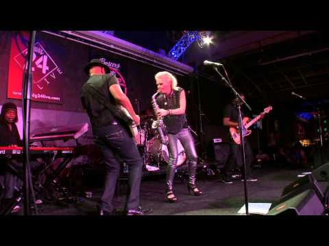 "Mindi Abair performing ""Wild Heart"" (Live at Wyomissing)"