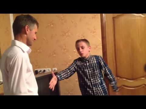 Сын поет рэп песню папе в его день рождения сквозь слезы