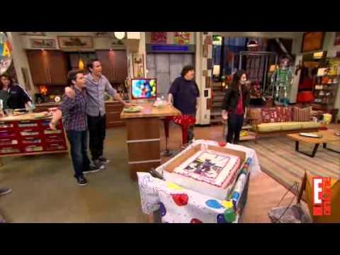 Watch iCarly's Cast Celebrate Miranda Cosgrove's Birthday With ...