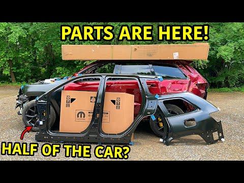 Rebuilding A Wrecked 2018 Jeep Trackhawk Part 5