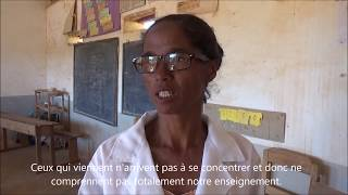 """Témoignage d'une institutrice """"Ecole primaire publique Ambalavao"""" (SousTitre Français)"""