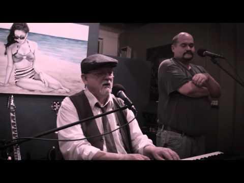 General Gordon Show Live at Viento Y Agua
