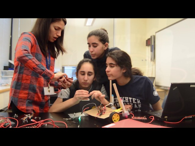 Schechter Manhattan Eighth Grade Robotics