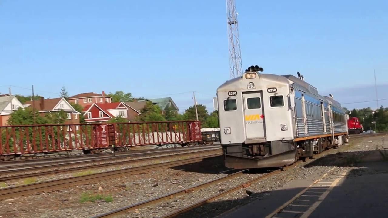 Via Rail Rdc 4 6250 Rdc 2 6219 Train 185 Arrives At
