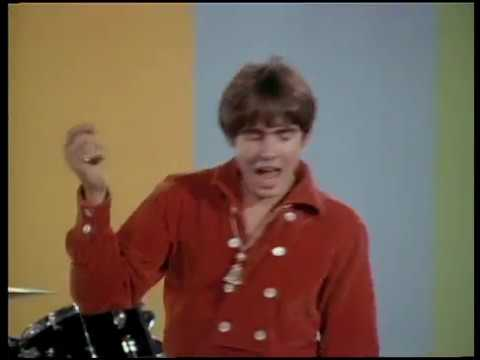 The Monkees - Daydream Believer (Official Music Video)