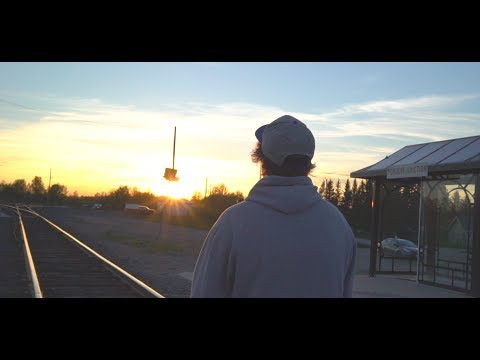 Danny Thomas - Small Town Raised (Official Music Video)