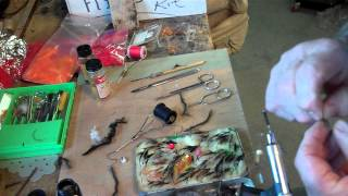 FLY TYING silver tip fly