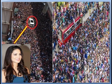 Sunny Leone in Kerala and she receives a jaw-dropping welcome | - YouTube