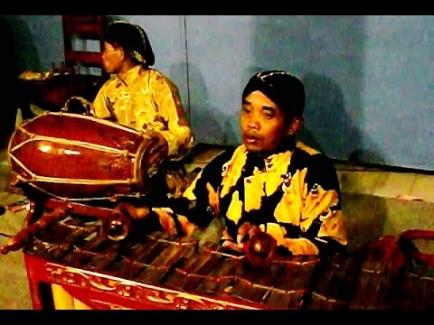 Ladrang PANGKUR - Javanese Gamelan Music - Electric Gamelan [HD]