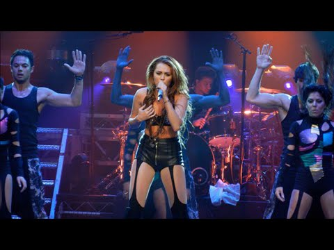 Miley Cyrus - Robot (Live At Gypsy Heart Tour)