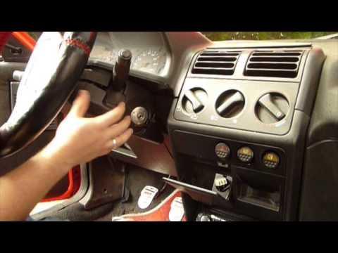 Cómo cambiar maneta limpia parabrisas coche