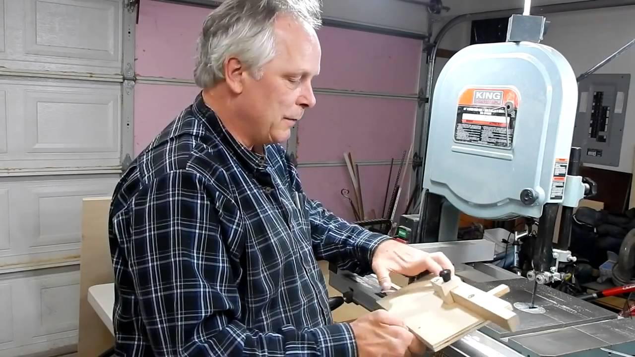 Scie ruban de tra neau pour les petites pi ces travail du bois youtube - Travail du bois pour debutant ...