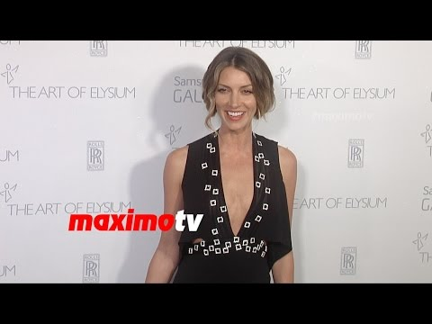 Dawn Olivieri  The Art of Elysium HEAVEN Gala 2015  Red Carpet  MaximoTV Broll