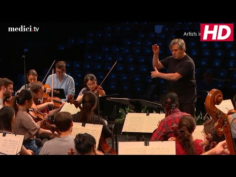 Verbier Artists in Rehearsal (II/II): Sir Antonio Pappano and the Verbier Festival Orchestra