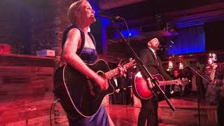 Sugarland - Baby Girl - Nashville, TN 11/8/17 Video