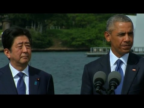 Obama, Abe pay respects at Pearl Harbor