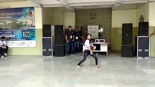 nashe-si-chadh-gayi-iec-innovision-2k18-solo-dance---female