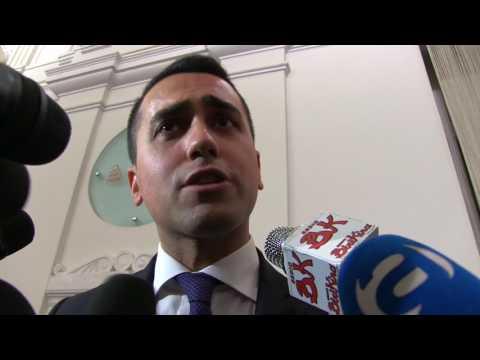 """Di Maio, scontro con i giornalisti: """"Vi sembro Berlusconi io?"""""""