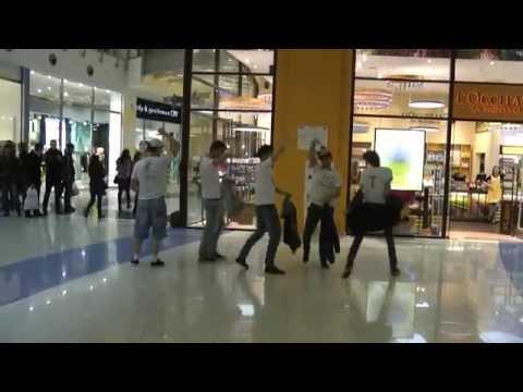 54 Creative Dance Team. Флешмоб в торговом центре МЕТРОПОЛИС