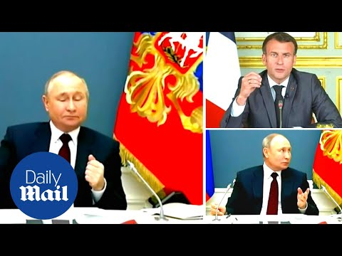 Putin is very confused when Macron's speech cuts him off at the Climate Summit