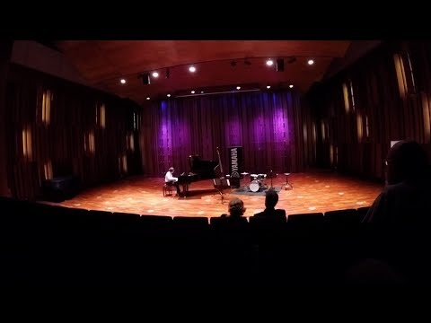 Pedro Alvadia - C. Debussy, L'isle Joyeuse