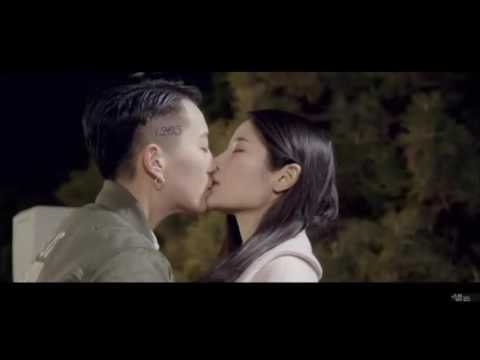 Chinese lesbian kissing