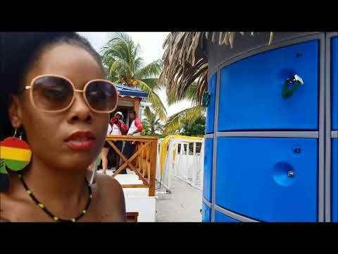 HARVEST CAYE, BELIZE PORT 2: NORWEGIAN ESCAPE