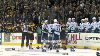 НХЛ. «Бостон» -- «Ванкувер»  драка 5 на 5. 07.01.12