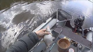 Ловля белой рыбы фидером с лодки. Интересный способ ловли.