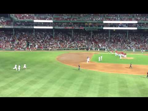Boston Red Sox (Dirty Water) final out vs Minnesota Twins (7/21/16)