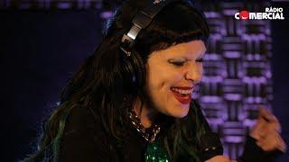 "Rádio Comercial | The Gift cantam ""Big Fish"" ao vivo"