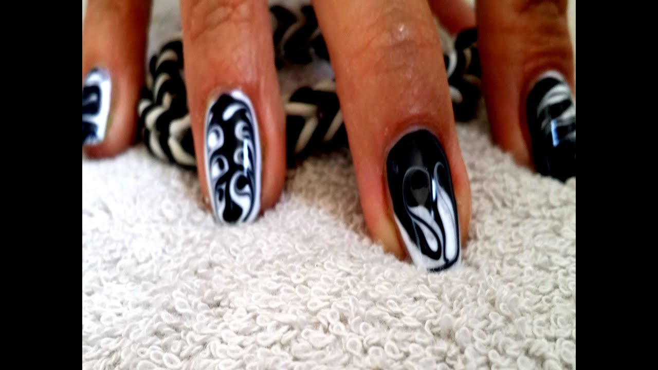 tuto nail art m li m lo millefeuille en gel uv noir et. Black Bedroom Furniture Sets. Home Design Ideas