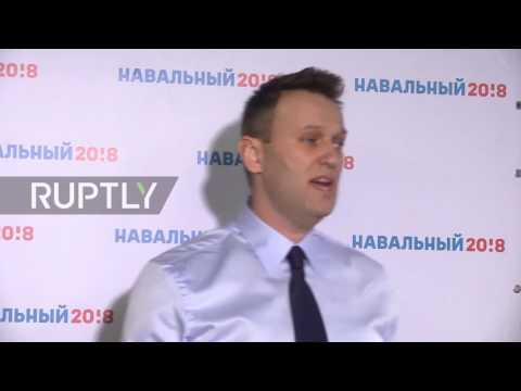 Russia: Navalny opens presidential campaign office in St. Petersburg