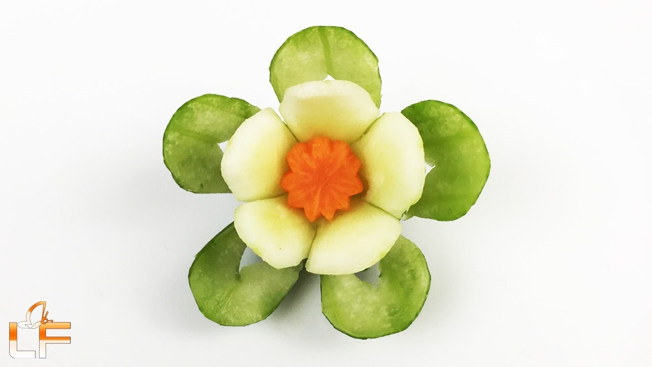 How to make cucumber flower with carrot garnish