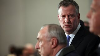 NYPD officer killings expose rift between police and mayor