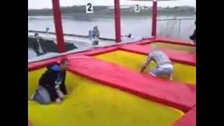 Śmieszny filmik- polacy na trampolinie