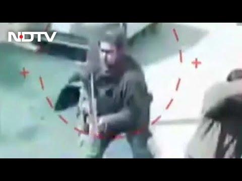 Caught On CCTV, 2 Cops Shot Dead By Terrorists At Srinagar Tea Stall