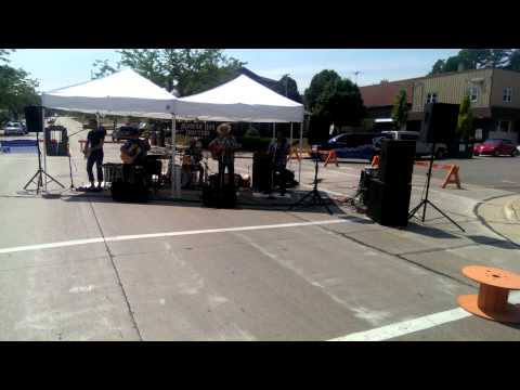 West fest in Sturgeon Bay with the Modern Day drif