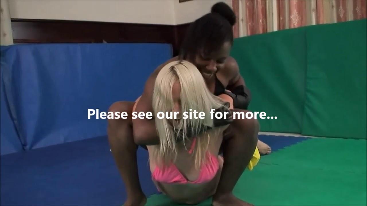 Blonde Mckenzie Grapples Black Girl Babyface Wrestling -1673