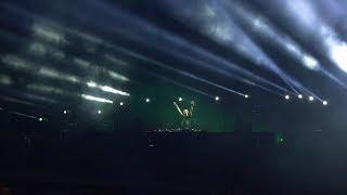 Luke Bond - U vs Loud Luxury feat. brando - Body [Armin van Buuren live at UMF 2018]