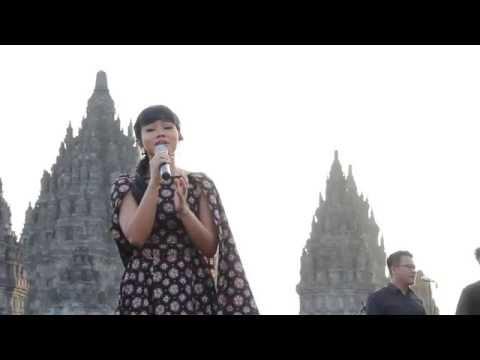 [HD] Yura Yunita - Cinta dan Rahasia - Live at Prambanan Jazz Jogja - 21 Agustus 2016 [FANCAM]