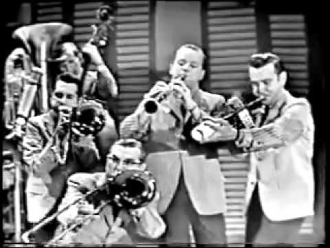 Over the Waves - Dukes of Dixieland 1958.