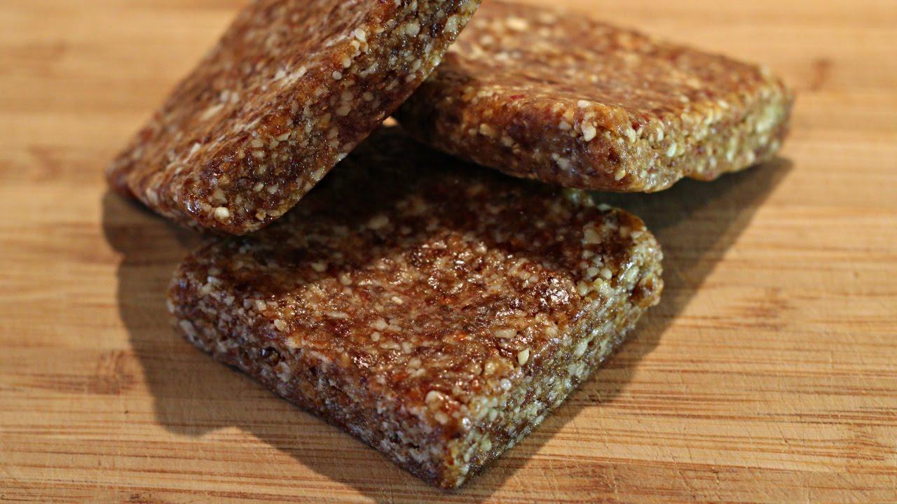 Homemade Energy Bars | 2 Ingredient LARABARs