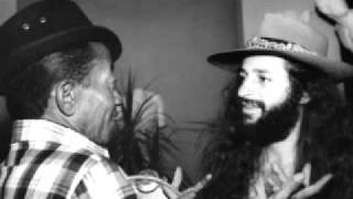Alceu Valença & Jackson do Pandeiro - Rainha de Tamba - O canto da Ema - Um a um.flv