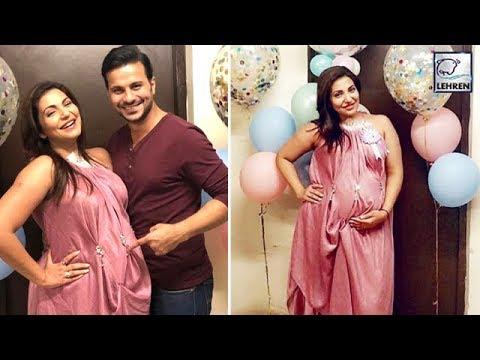 Ishqbaaaz Actress Navina Bole Flaunts Huge  Baby Bump